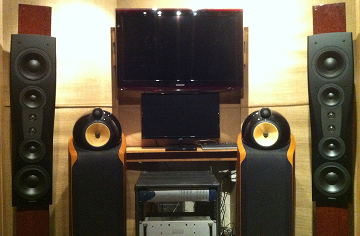 B&W 802 D's, Dynaudio Confidence C4 Mk2 Platinum series speaker driven by KRELL KSA 200S power amp